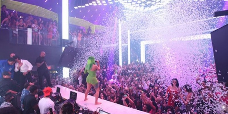 Miami : Liv on Sunday Grand Opening