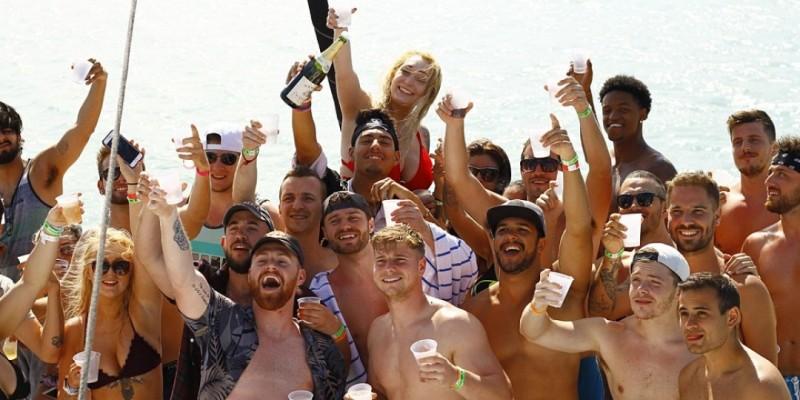 GET LIT IN MIAMI PARTY BOAT ,Miami