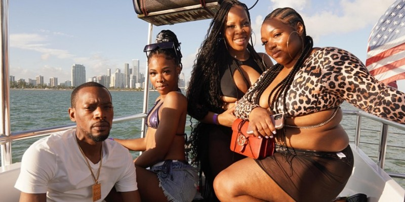 LIT BOAT PARTY BOOZE CRUISE WITH OPEN BAR #1 IN MIAMI ,Miami