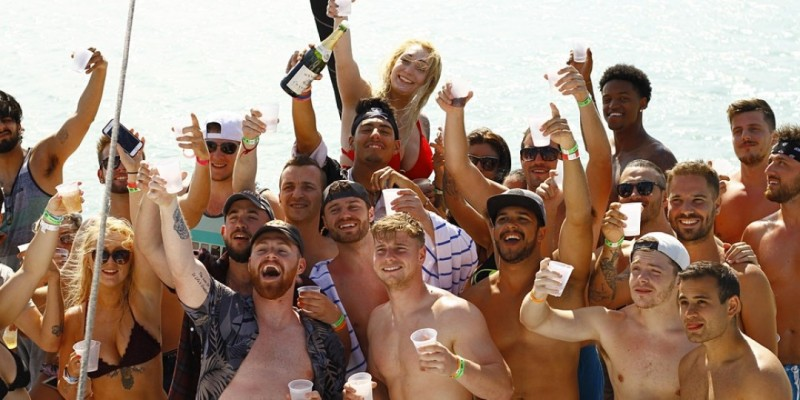 MIAMI Encore Boat Party (first 50people only) located in Miami ,Miami