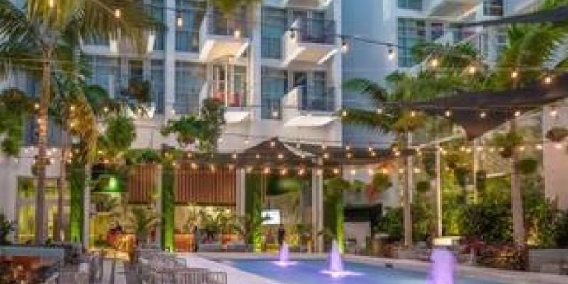 2 Hour Open Bar + Night Club Entrance ,Miami Beach