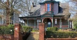 Exhibition Visit & Curator Q & A  | Hammonds House Museum ,Atlanta